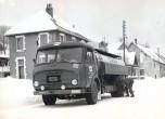 Somua JL19 pose de chaines pour la neige 1958