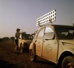 raid Afrique1973 les Citroën dans la tempête de sable