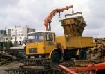 Saviem SM240 benne sur un chantier 1970