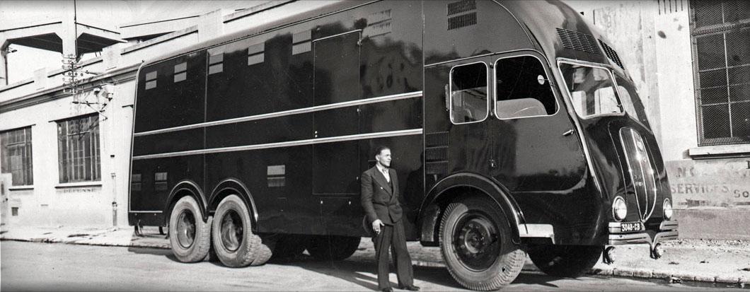 Fourgon sur châssis latil – 1939