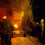 forge 1983 : travail au marteau pilon