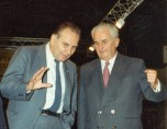 15 Paul Berliet et Georges Besse sur le stand Fondation au  Salon Auto Paris 1986