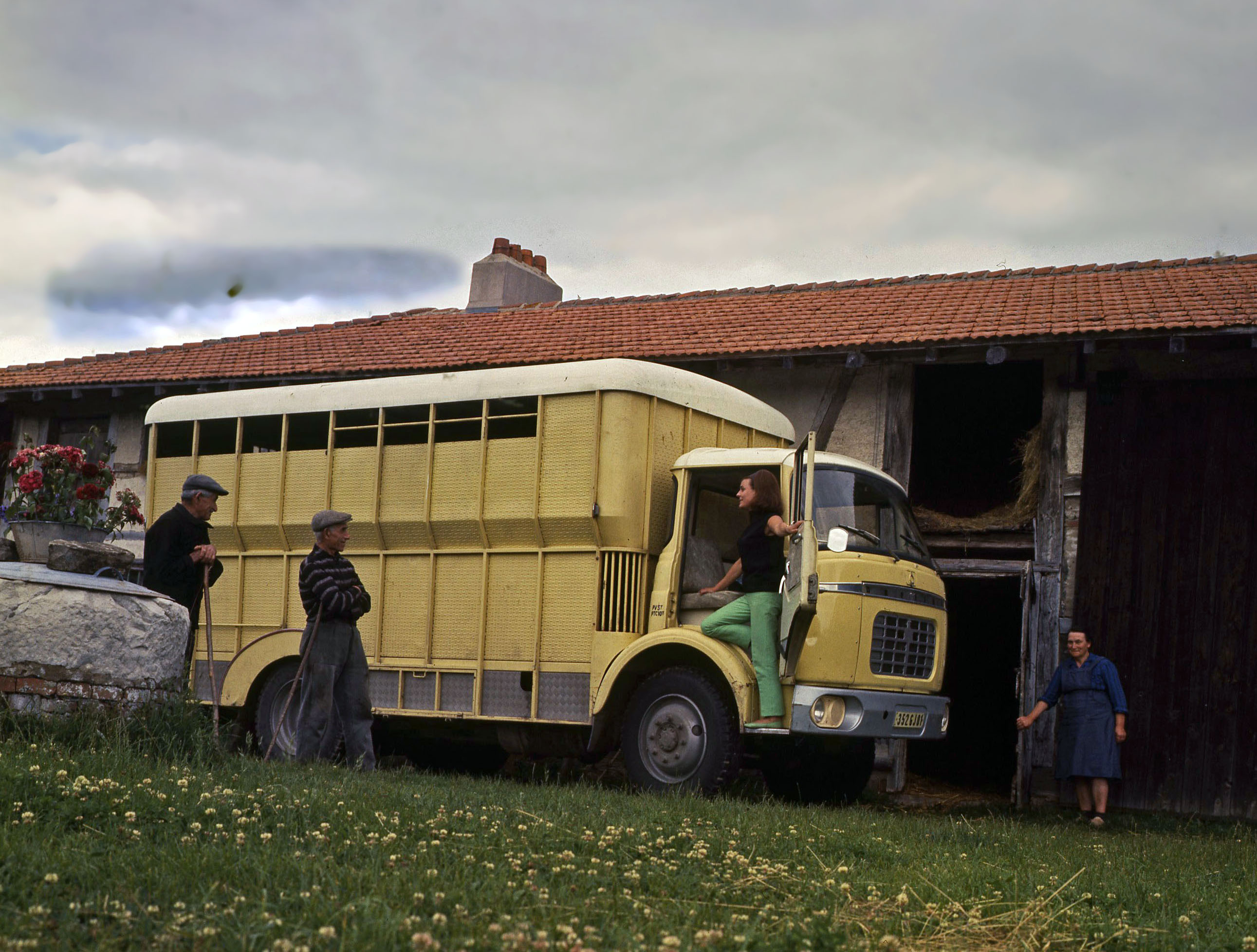 camion des villes camion des champs le berliet gak fondation berliet. Black Bedroom Furniture Sets. Home Design Ideas