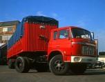 Berliet TR12 rouge 1964 vue-1
