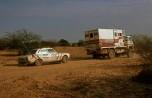 Dakar 1980 TRM4000 tractant une voiture