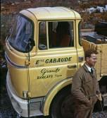 Berliet GAK60 cabine-relaxe jaune