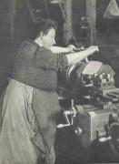 Panhard-femme-1917