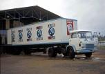 Saviem SM8 transport briques de lait