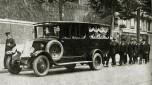 10 fourgon corbillard châssis Renault 1930