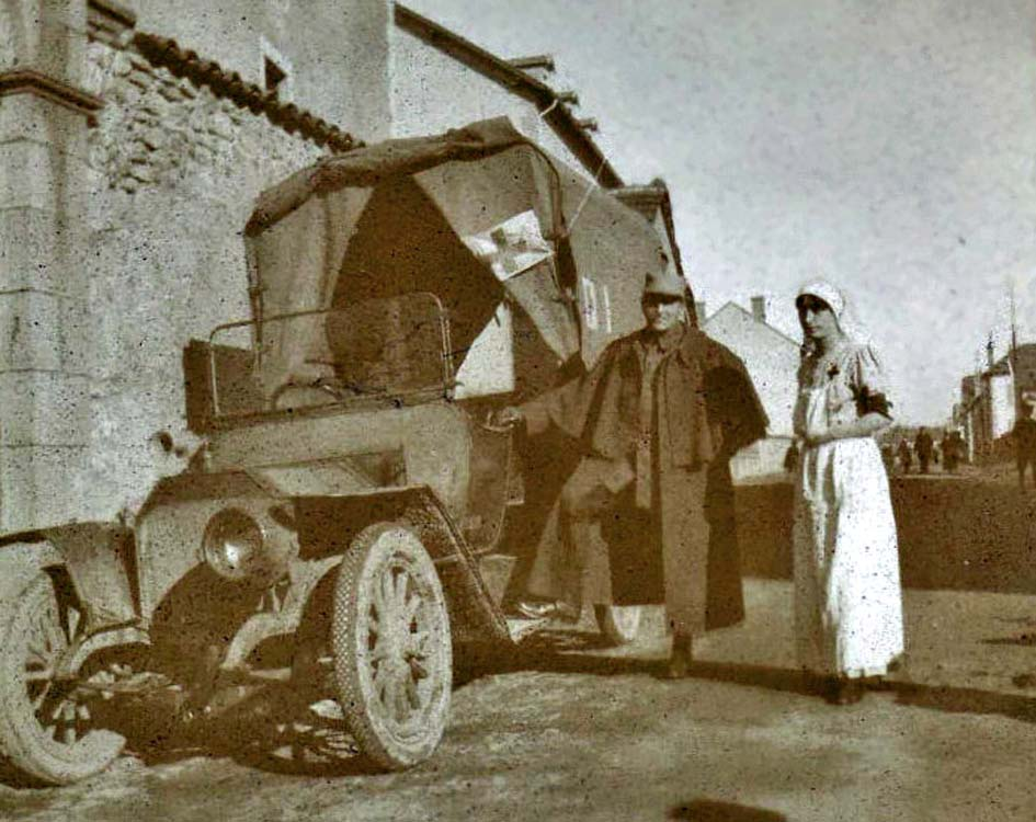 02 ambulance Rochet Schneider 1917