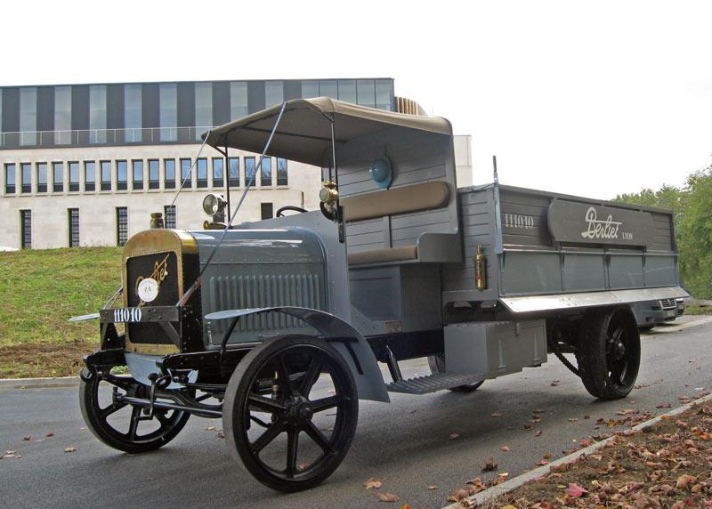 Berliet CBA arrivee Memorial Verdun