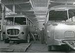 Pologne montage bus usine Jelcz 1970